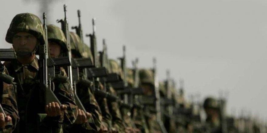 Hulusi Akar, yeni askerlik sistemi için toplantı yaptı