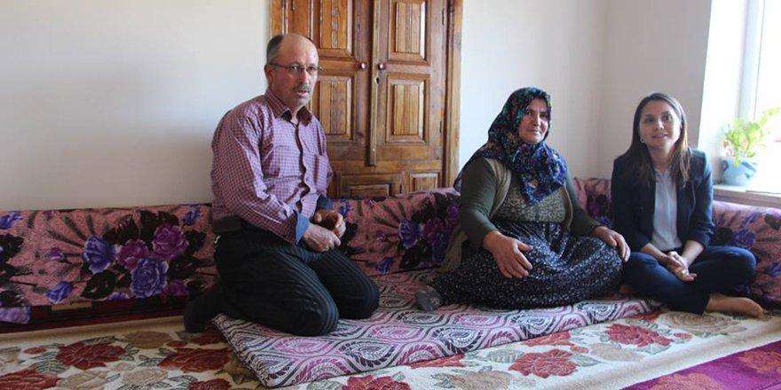 Kaymakam Turan'dan şehit ailelerine ziyaret