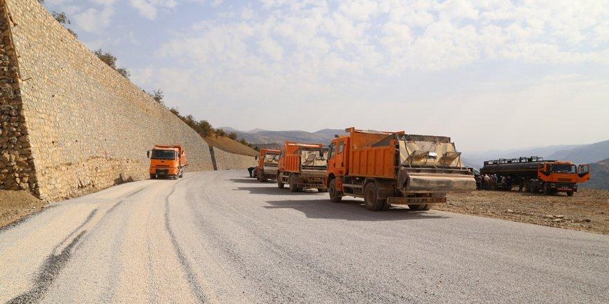 Yerköprü Şelalesi yolu asfaltlanıyor