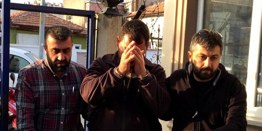 Konya'da barınaktan 10 bin liralık köpek maması hırsızlığı