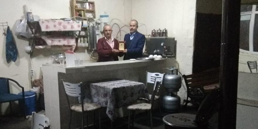Derbent'te enflasyonla mücadeleye çaycı desteği