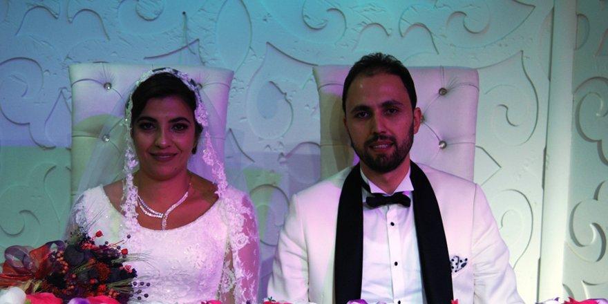 Sedat Altınay oğlunu evlendirdi