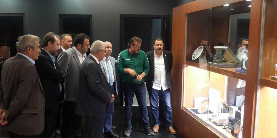 Yokuş'tan  Atiker Konyaspor'a ziyaret