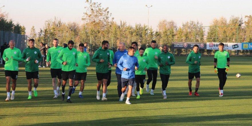 Atiker Konyaspor, MKE Ankaragücü maçı hazırlıklarına başladı