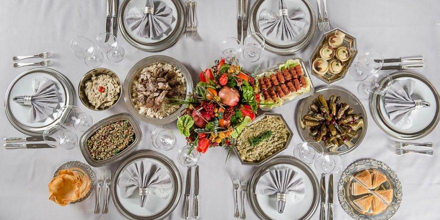 Catering Hizmetleri ile Hangi Yemek Menülerini Sipariş Verebilirsiniz?
