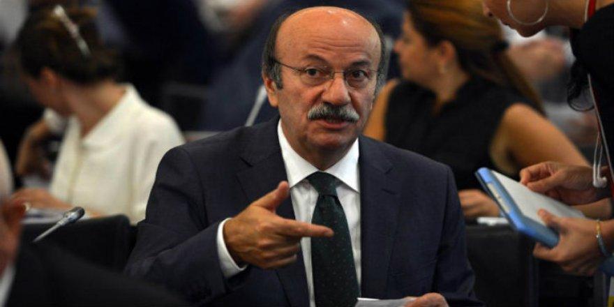 Mehmet Bekaroğlu: Türkiye'nin 460 milyar dolar dış borcu var