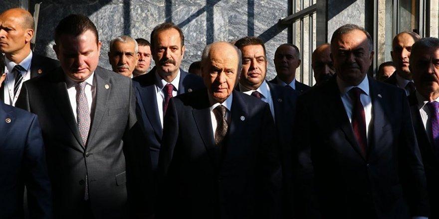 'AK Partili vekil, 'Bahçeli'nin yumuşak muhalefeti bizden oy kopartıyor' dedi'