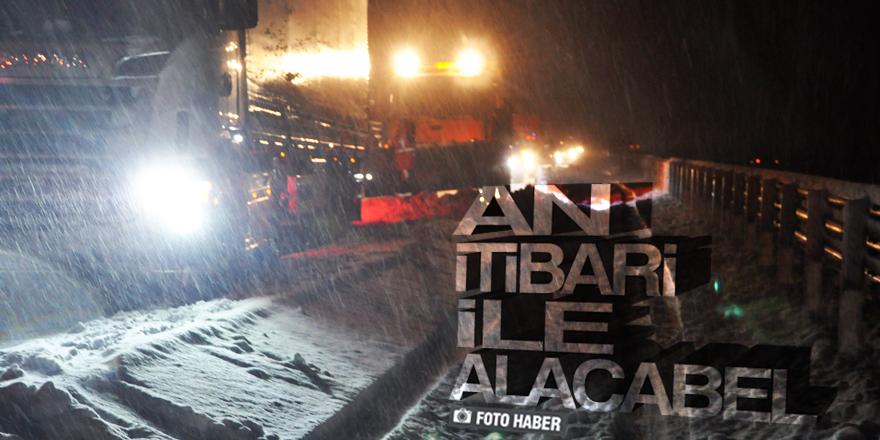 Konya Antalya Karayolunda ulaşıma kar engeli