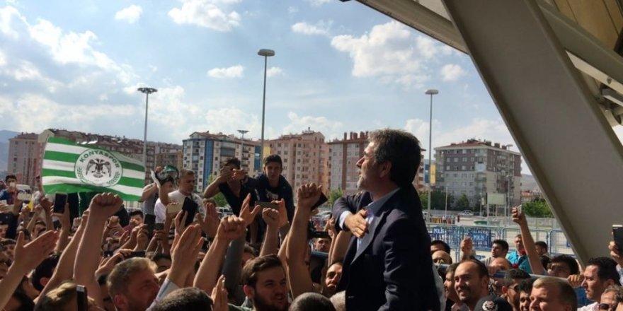 Aykut Kocaman, Atiker Konyaspor ile anlaştı