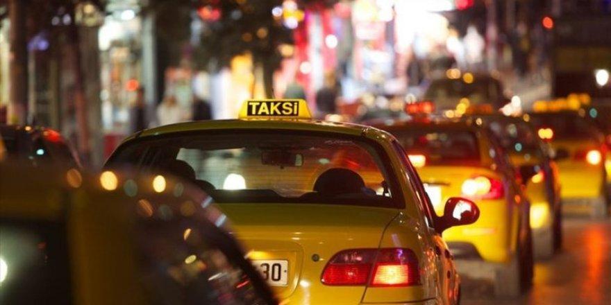 """10 ilde eş zamanlı """"Taksi Uygulaması"""
