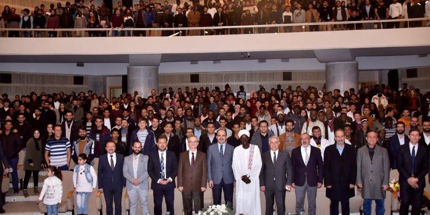 """Büyükşehir'den uluslararası öğrencilere """"Hoşgeldiniz"""" programı"""