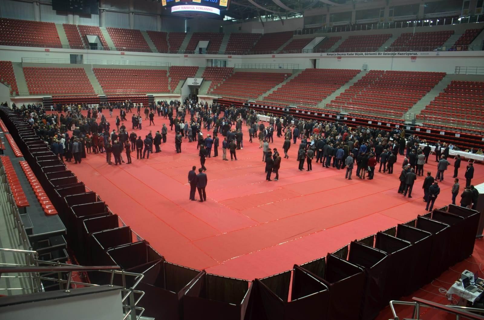 AK Parti Konya'da temayül yoklaması