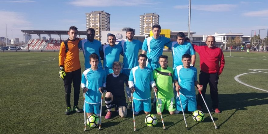 Ampute takımı Kayseri'de ağır yenilgi aldı