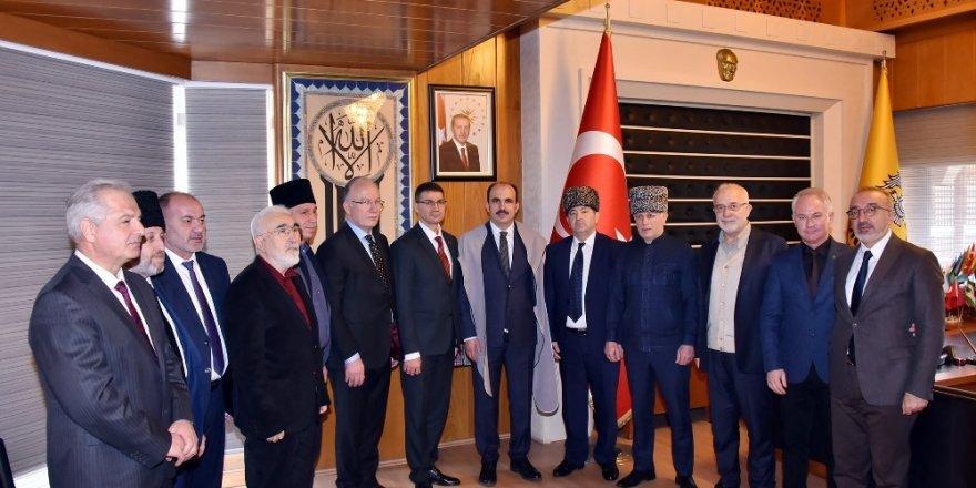 Adıgey Özerk Cumhuriyeti heyeti Başkan Altay ile görüştü