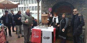 CHP Seydişehir'de sıcak çorba ikramında bulundu