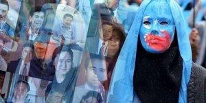 Doğu Türkistan'da 300'den fazla aydın tutuklu
