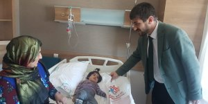 Hastanedeki çocuklara şivlilik dağıttılar