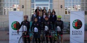 Avukatlar Çanakkale'ye  bisiklet turu düzenledi