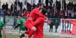 Akşehirspor liderliğe 'devam' dedi