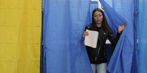 Ukrayna'da seçim ikinci tura kaldı