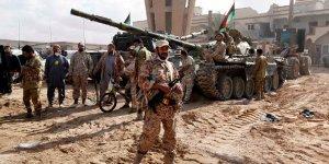 Libya Kaddafi dönemini mumla arıyor