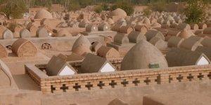 Uygur mezarlarına Çin zulmü