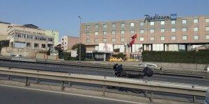 Sefaköy E-5'te motosiklet kazası: 1 yaralı