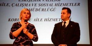 """Eskişehir'de """"Koruyucu Aile Tanıtımı Toplantısı"""" gerçekleştirildi"""