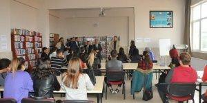 Başkan Akkaya üniversiteli gençlerle buluşmayı sürdürüyor