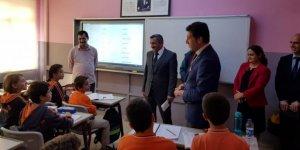 Milli Eğitim Müdürü öğrencilerle bir araya geldi