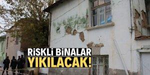 Çöken bina çevresindeki riskli binalar yıkılacak!