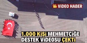Yüzlerce öğrenci, onlarca öğretmen askerler için klip çekti