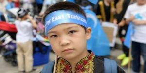 Doğu Türkistan'da insanlık suçu işleniyor