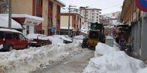 Hadim'de karla mücadele çalışmaları devam ediyor