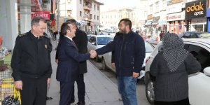 Aksaray Valisi Mantı esnaflar ve vatandaşlarla görüştü