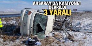 Aksaray'da kamyonet devrildi: 3 yaralı
