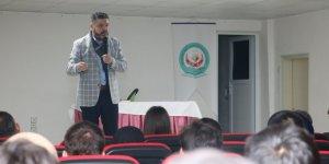 Beyşehir'de öğrenciler yazarlarla buluşuyor