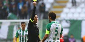 Konyaspor'da dört  oyuncu kart sınırında