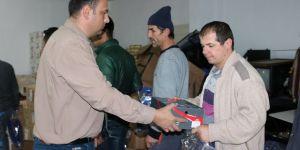 Beyşehir Belediyesi personeline koruyucu kışlık elbise dağıtıldı