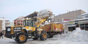 Beyşehir'de kar temizliği seferberliği