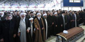Rafsancani'nin cenaze törenine yüksek katılım