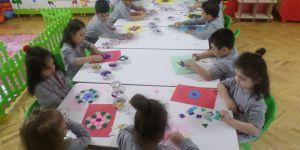 Gençlik Anaokulu'nda mandala çalışması