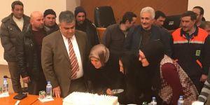 Başkan Özgüven'den personele sürpriz doğum günü