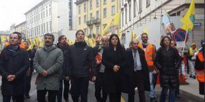 Dilek Öcalan İtalya'da PKK yürüyüşünde