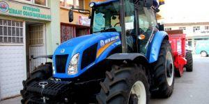 Seydişehir'de çiftçilere tarım makinesi desteği