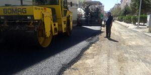 Seydişehir Belediyesinden merkez mahallelere sıcak asfalt