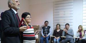 Küçükbezirci gazetecilikte 60.yaş gününü kutladı