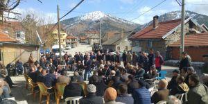 Derebucak yöneticileri Çamlık'ta halkla buluştu