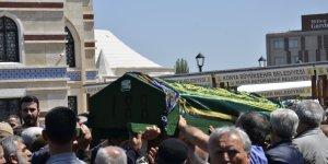 Ahmet Şanlı kızını kaybetti