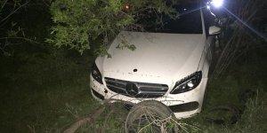 Beyşehir'de karayoluna dökülen hayvan dışkısı, kazalara yol açtı